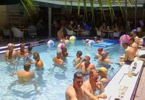 Island-House-Pool